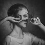 Attraverso lo Specchio