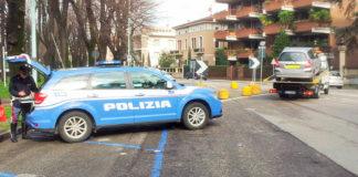 La polizia stradale al lavoro