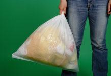 rifiuti selezionati in un sacco