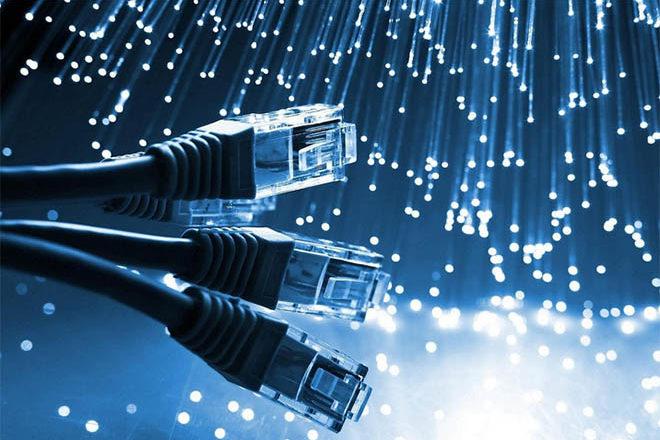 Domini .it - Cavi di rete e fibre ottiche - internet