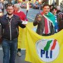 Claudio Gentile (a destra) nel corso di una manifestazione del Pli