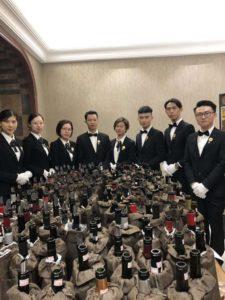 I nuovi professionisti cinesi del vino e le bottiglie aperte
