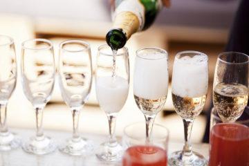 Spumante e bicchieri