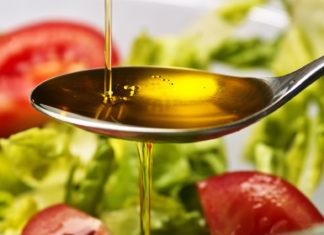 Cucchiaio d'olio d'oliva