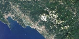 Foto dal satellite di Carrara