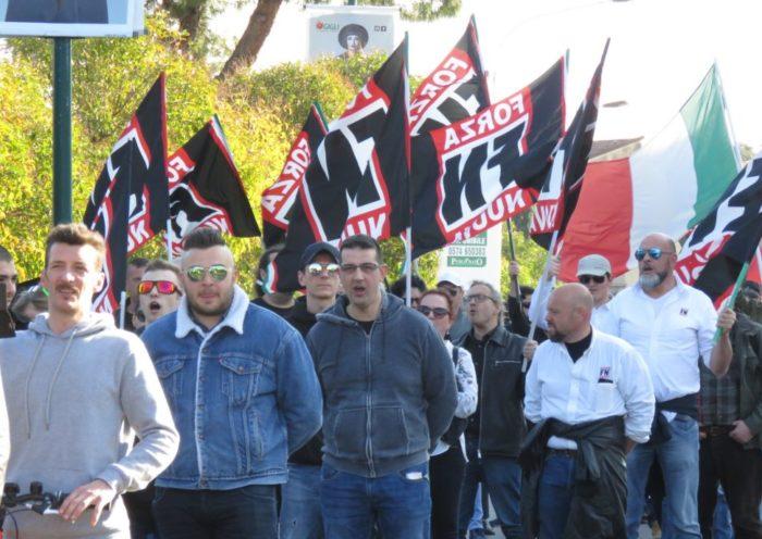 Manifestanti Forza Nuova