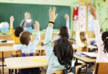 Bambini in una scuola primaria