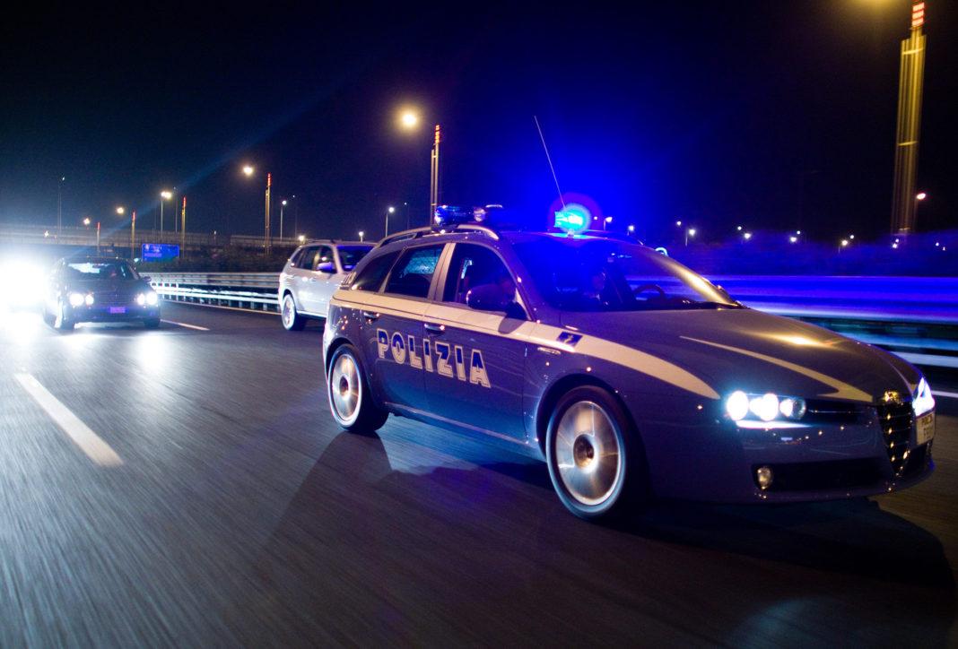 Polizia stradale di notte