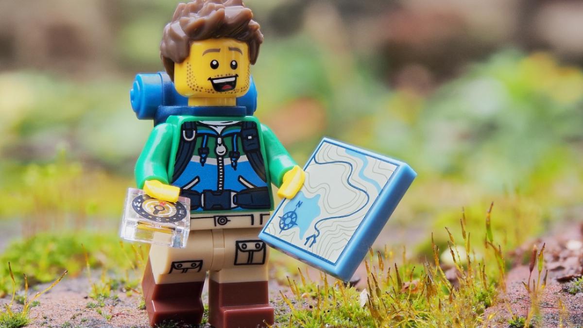 Un archeologo costruito con i pezzi del lego