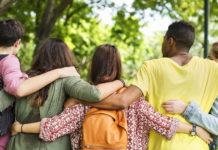 Giovani volontari terzo settore