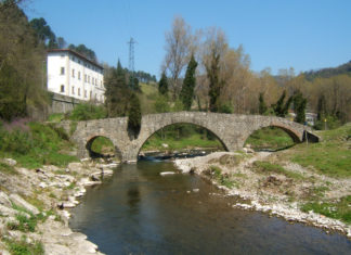Ponte di Cerbaia in Val di Bisenzio