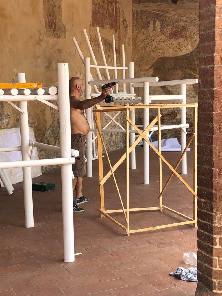 La preparazione della mostra Liber