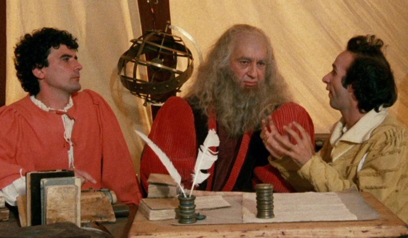 Non ci resta che piangere: la scena con Benigni e Troisi che spiegano a Leonardo l'invenzione del treno