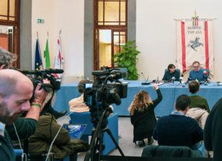 Enrico Rossi conferenza stampa coronavirus