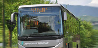 Un autobus di autolinee toscane