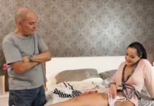 Scena di un film porno di una coppia