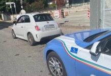 Una 500 Abarth truccata sequestrata dalla polizia stradale a Prato