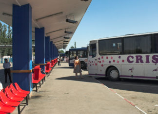 Bus terminal di Arad in Romania