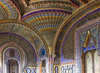 La sala del Pavone nel castello di Sammezzano