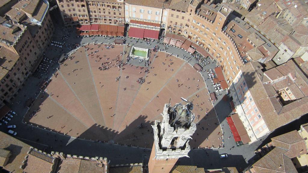 Siena piazza del Campo dall'alto