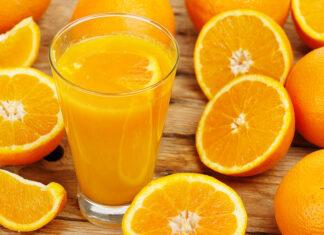 Arance e succo d'arancia