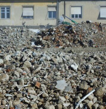 Demolizione ospedale Misericordia e Dolce a Prato