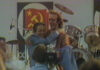 Berlinguer in braccio a Benigni