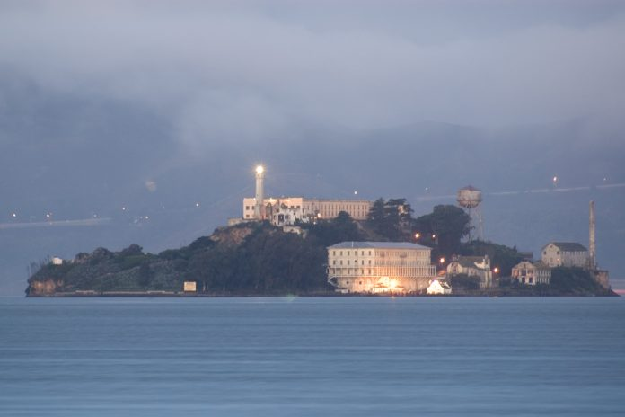 alcatraz dawn 2005 01 07